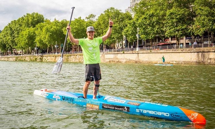 Kayak là một trong những hoạt động yêu thích trên sông