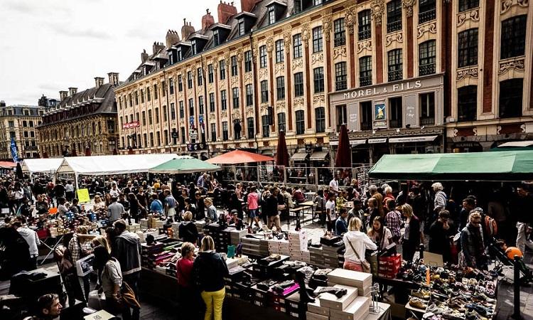 Chợ phiên Grande Braderie de Lille