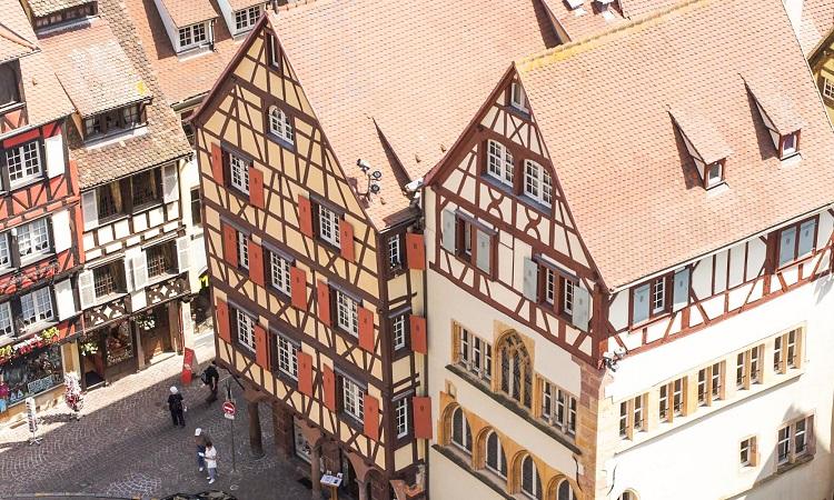 Những ngôi nhà sặc sỡ, ấn tượng tại Colmar