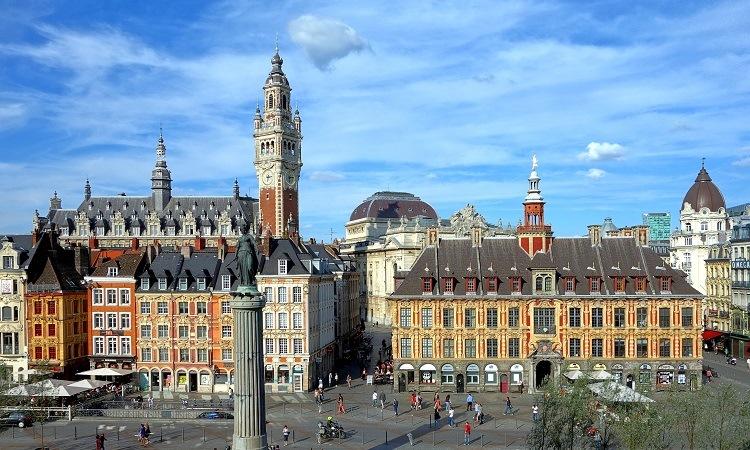 Toàn cảnh Quảng trường Place du Général de Gaulle