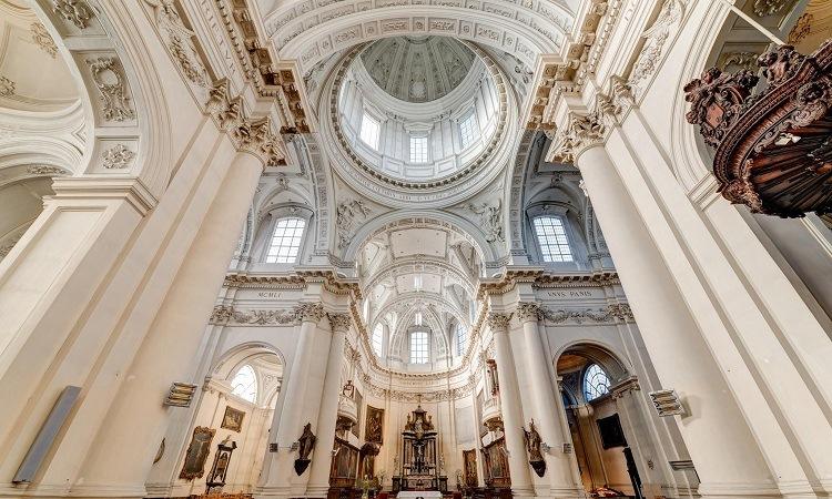 Các chi tiết Kiến trúc nhà thờ cổ điển mang đậm sắc thái baroque