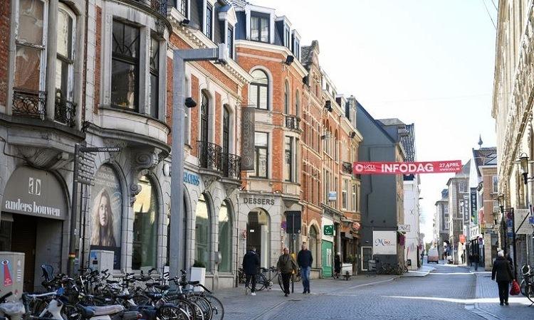 Có rất nhiều góc chụp đẹp ở Phố Naamsestraat