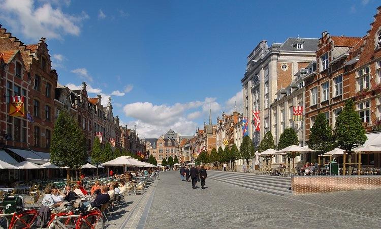 Quảng trường Oude Markt