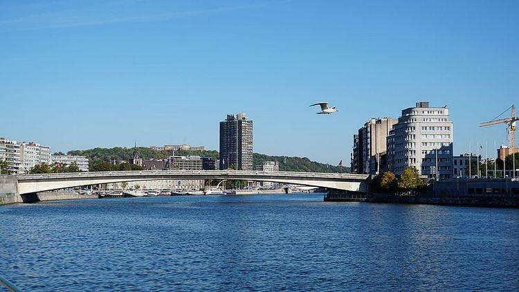 Cảnh yên bình trên dòng sông Meuse