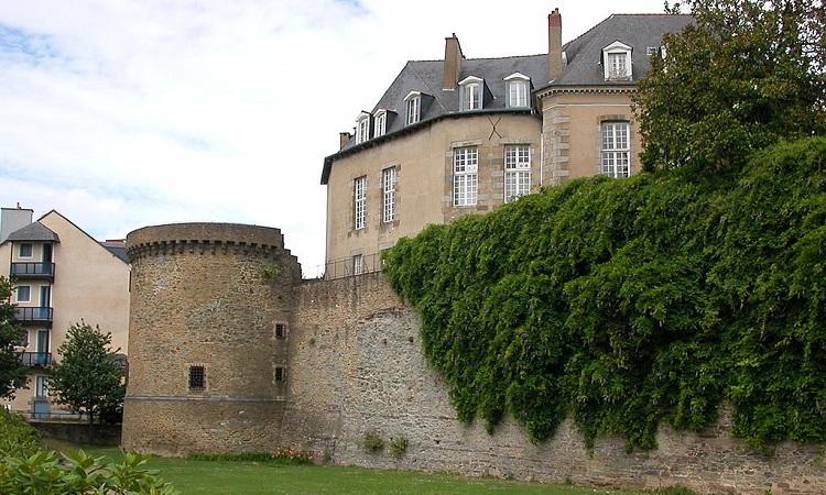 Tháp Duchesne