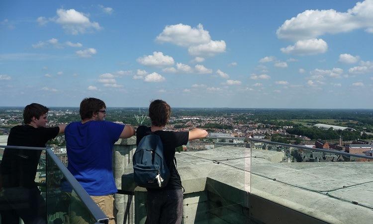 Tháp Saint Rumbold là nơi lý tưởng để ngắm nhìn thị trấn từ trên cao