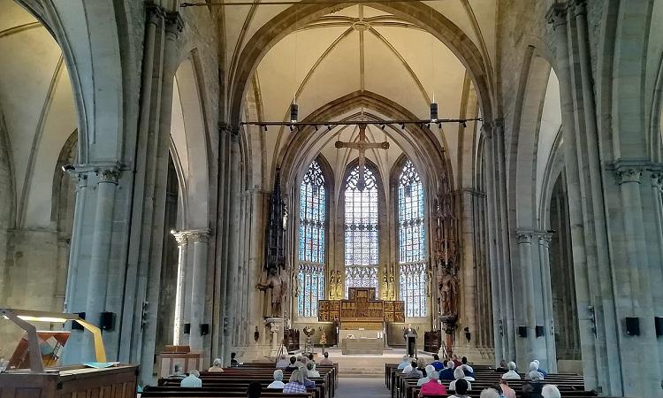 Gothic là phong cách kiến trúc đặc trưng của nhà thờ