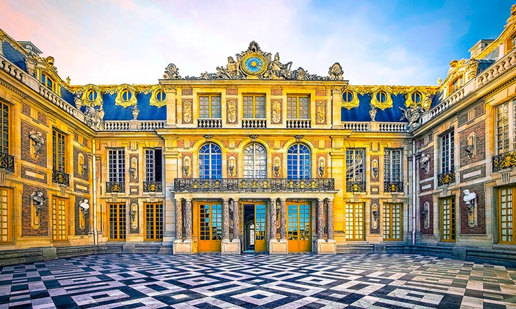 versailles_resize