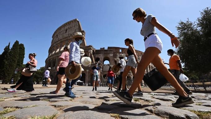 Italy đã sẵn sàng cho một mùa hè sôi động