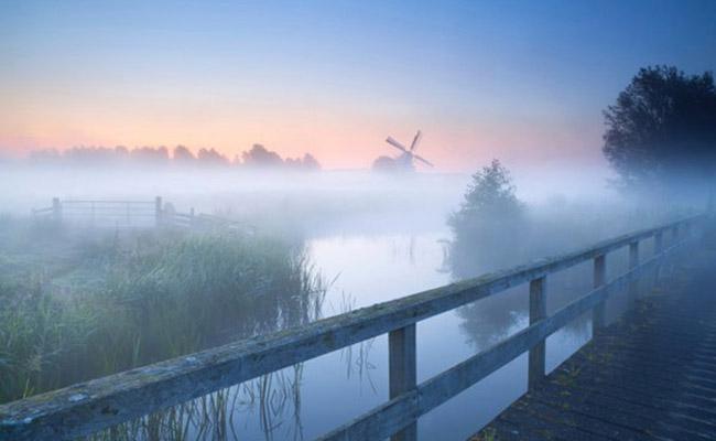 Vùng đất Groningen ở phía bắc của Hà Lan .