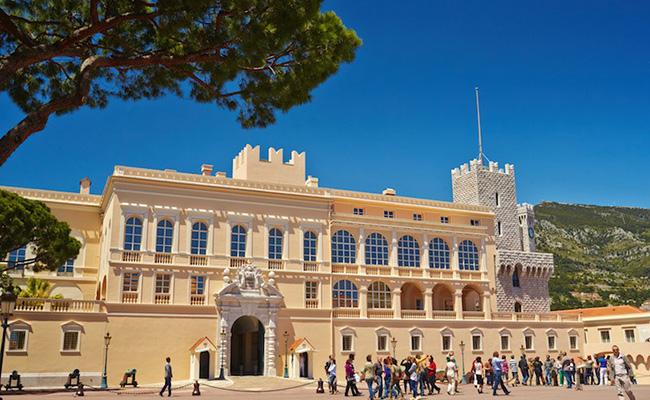 Cung điện ông hoàng Monaco