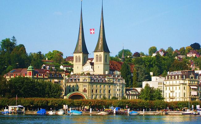 Du lịch Lucerne thành phố cổ nhất Thụy Sĩ