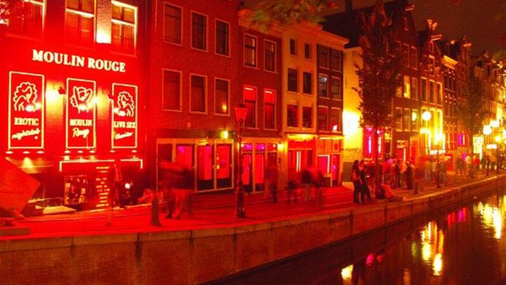 Khu phố đèn đỏ nổi tiếng