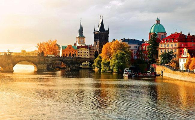 Tư vấn 7 Kinh Nghiệm Du Lịch Châu Âu Giá Rẻ