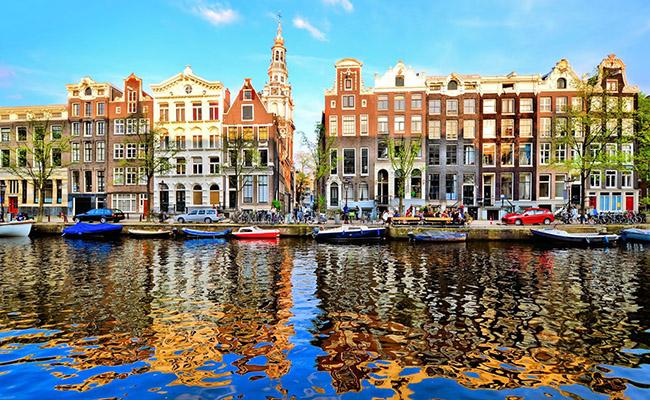 Du lịch Hà Lan nên mua gì về làm quà ?