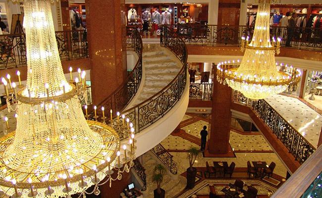 Những cửa hàng sang trọng tại Monaco