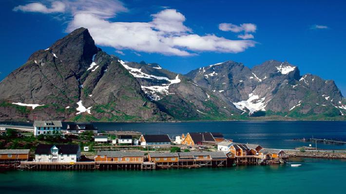 Miền Trung Na Uy là nơi du lịch lý tưởng để du khách nghỉ dưỡng