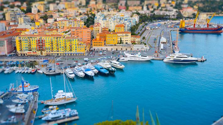 Khu cảng của thành phố Nice là một địa điểm tham quan lý thú