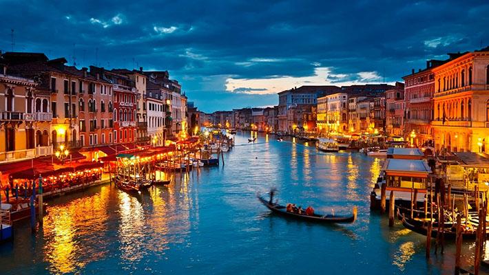Khám phá dòng sông Venice