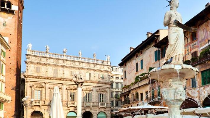 Piazza Delle Erbe – Quảng trường Erbe
