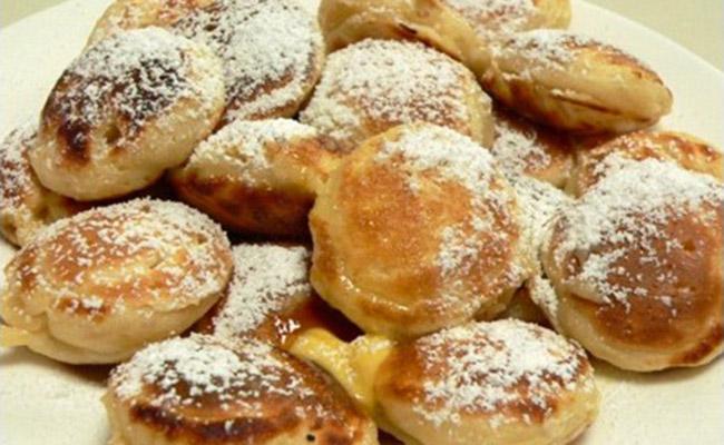 Bánh Poffertjes