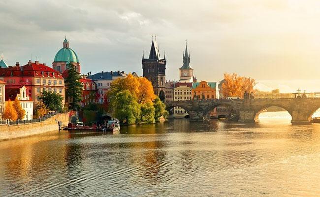 Prague mùa thu với vẻ đẹp hút hồn khách du lịch