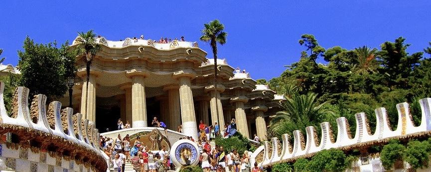 tour-du-lich-chau-au-tay-ban-nha-barcelona-de-viet-4-1024x559