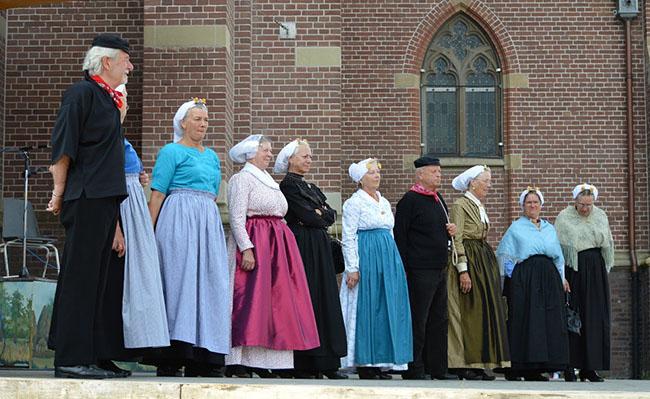 Trang phục của người Hà Lan